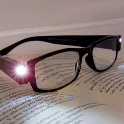 Gafas Graduadas de Lectura con LED - Imagen 1