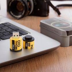 Pendrive Carrete Fotográfico 8 GB con Estuche Cámara Reflex