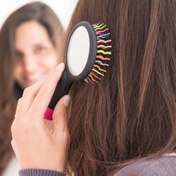 Cepillo de Pelo con Espejo Arco Iris - Imagen 1